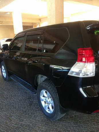 Best deal to grab with reasonable price Toyota Land cruiser prado Nyali - image 3