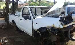Nissan np 300. Accident damaged