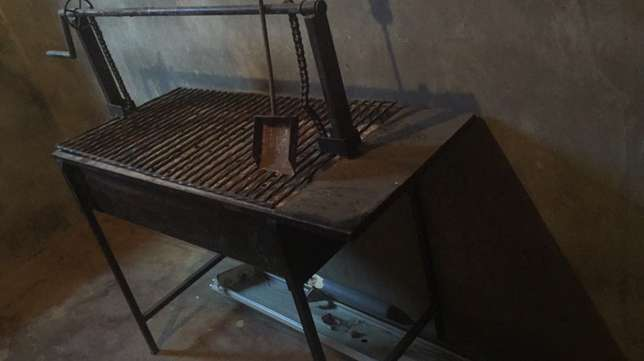 larger charcoal grill Nairobi West - image 1