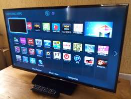 UltraHD Samsung smart 32inches tv with inbuilt WiFi, Miracast