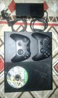 Xbox one two controllers and fifa 17