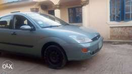 neat ford focus and serious buyer