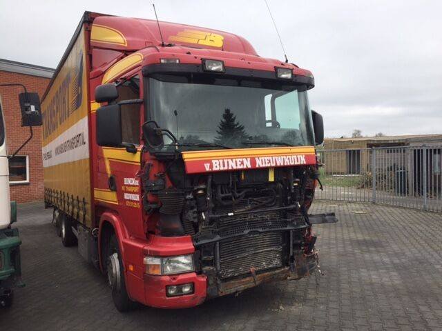 Scania DIV.  R114 380 truck curtainsider for parts - 2000
