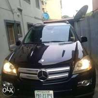 Fresh n clean benz GL450. 4matic 2007