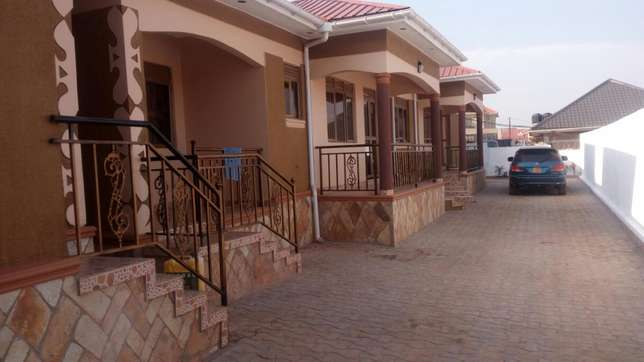 4units 2bedrooms in Najjera earns 2.7m monthly on 60*100fts at 370m Kampala - image 2