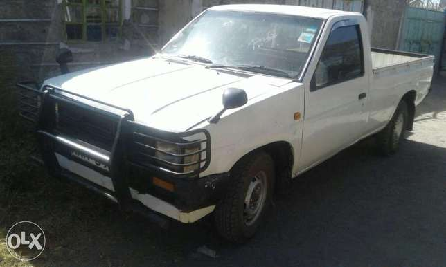 Extremely clean nissan datsun petrol Embu Town - image 1