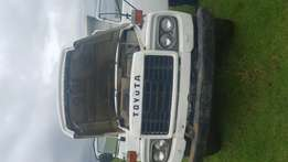 Toyota tipper white in very good working condition
