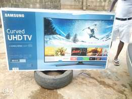 Samsung curved uhv TV 65inches