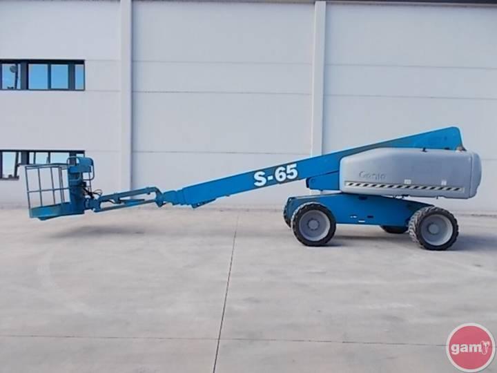 Genie S-65 - 2006