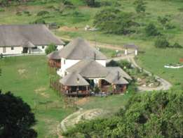 Large Thatched Property, 2 Swans, East Coast Resorts Road, East London