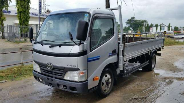 Toyota Dyna KCM number 2011 model Bank finance n hire purchase avai Mombasa Island - image 2