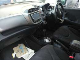 Honda fit fully loaded KCM number 2010 model loaded with alloy rims