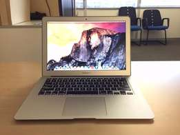 "2015 13"" MacBook Air - 256GB SSD and 8GB RAM - Mint condition"
