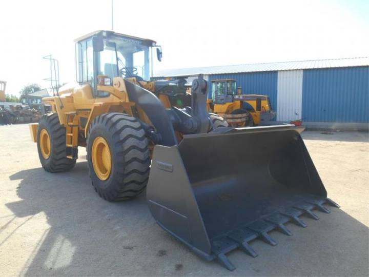 VOLVO L105 * UNUSED* - 2014