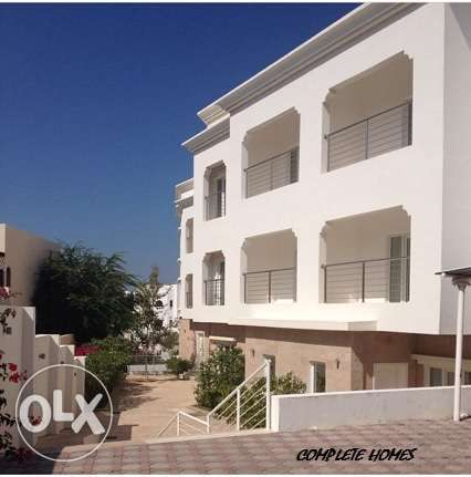 lovely 3+1 bedrooms townhouse for rent in Qurm