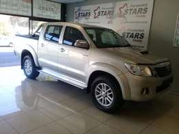 Toyota Hilux 3.0 D-4D Raider D/C low low millage a must see