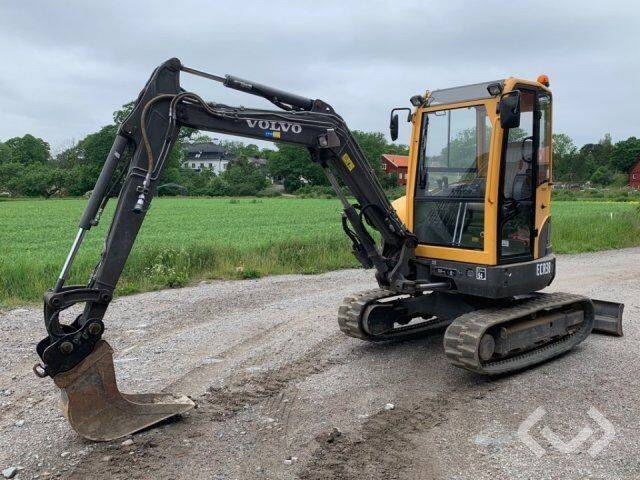 Volvo ECR38 Track excavator with 3 buckets - 11 - 2011
