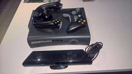 XBOX 360 + Kinect + Controller + Steering Wheel + 15 Games