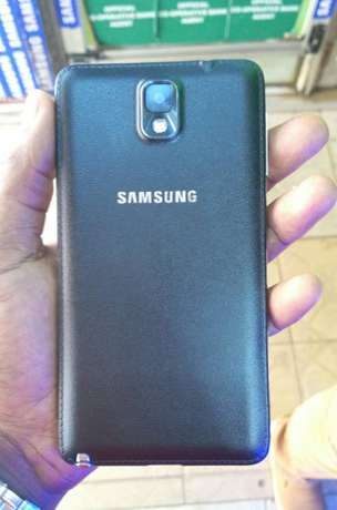 Samsung galaxy Note 3 on offer, ksh. 14500/= Nairobi CBD - image 2