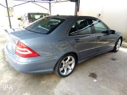 Tokunbo Mercedes C320 4matic for Sale!