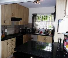 LONEHILL 3 bed 2 bath ground floor unit in secure complex.