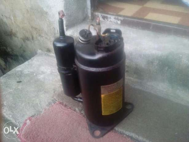 AC Compressor for sale 1and haf horse power split unit Port Harcourt - image 1