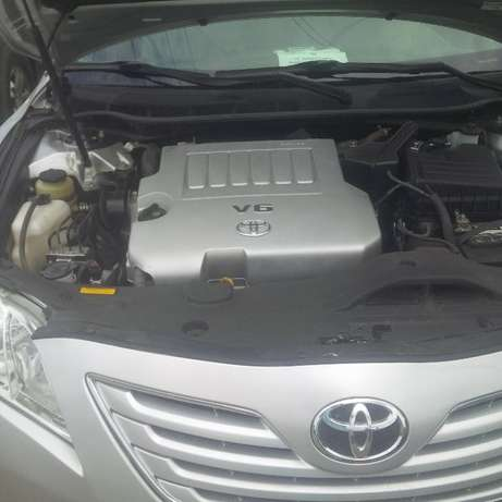 Super clean Toyota Camry 2010 model forsale Surulere - image 3