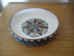Old Jar Pottery pie plate