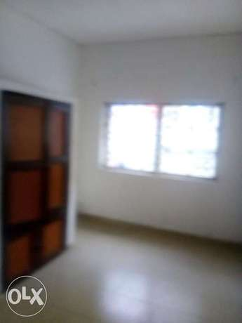 3 bedroom flat at samshonibare estate off ogunlana drive Surulere - image 2