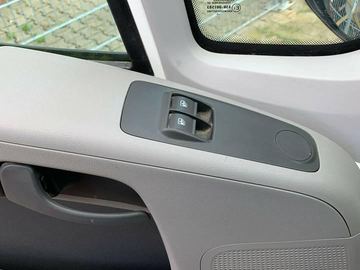 Peugeot Boxer HDi Doppelkabine 7-Sitzer TÜV NEU - 2010 - image 11
