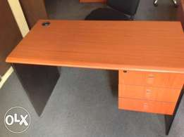 Exotic 1.2m/1.4ft Office Staff Table