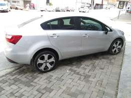 2014 kia rio 1.4 in excellent condition.