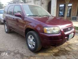 Ford escape for sell at affordable price tag