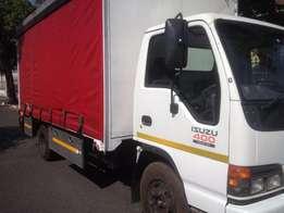 Isuzu 4 ton truck for sale with curtain sides