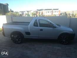 Clean opel corsa utility for sale