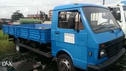 Tokunbo LT55 truck six tyres with half sided body