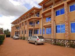 In good condition 3 bedroom apartment for rent in Ntinda at 1.1m