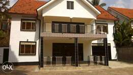 I have 21 dec in muyenga with the house 5 bedrooms n boys quoter with