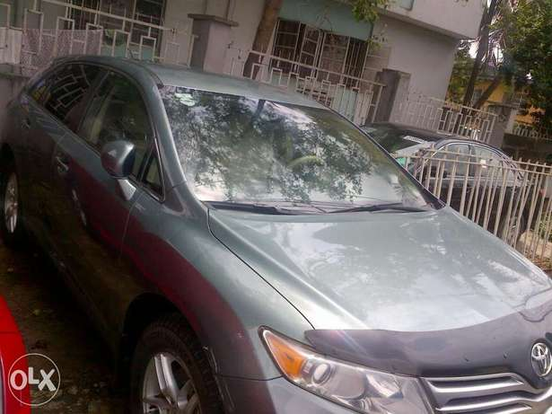 Xcellent 6 month used Toyota venza Apapa - image 4