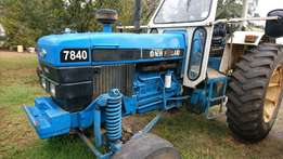 P144 - New Holland 7860