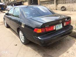 Used Toyota Camry droplight with sound V6 engine sharp