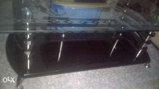 Coffee Table Elegant With hard Glass Top Zimmerman - image 5