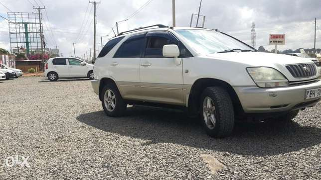 Toyota Harrier In perfect condition Lavington - image 1