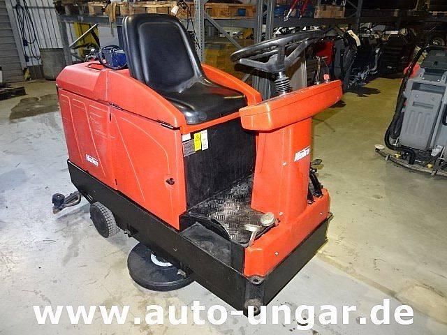 Hako B910 Bj.  2001 427 Stunden Schrubbmaschine - 2001