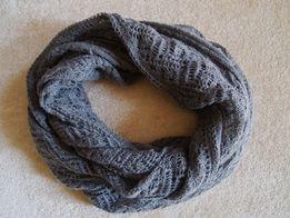 5037427fd67b82 Szary ażurowy komin H&M szal szalik ciepły duży na jesień zimę siwy