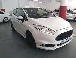 2013 ford fiesta ST 3drs power steering electric windows 33000kms