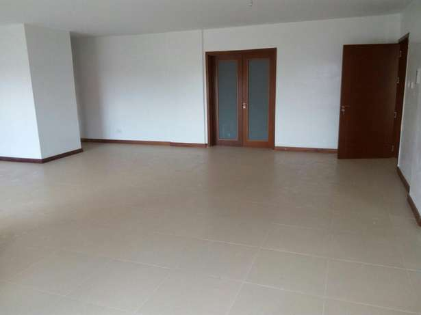 Cozy three bedroom and sq for rent in Lavington Lavington - image 3