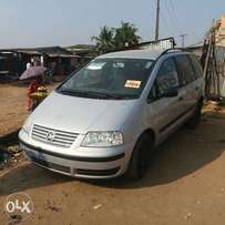 Tokunbo Volkswagen Sharon (6 Speed Manual Drive) - 2003