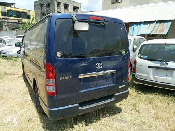 Toyota Hiace Diesel Engine Blue colour Mombasa Island - image 2