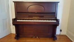Beautiful, fully-restored piano in perfect condition